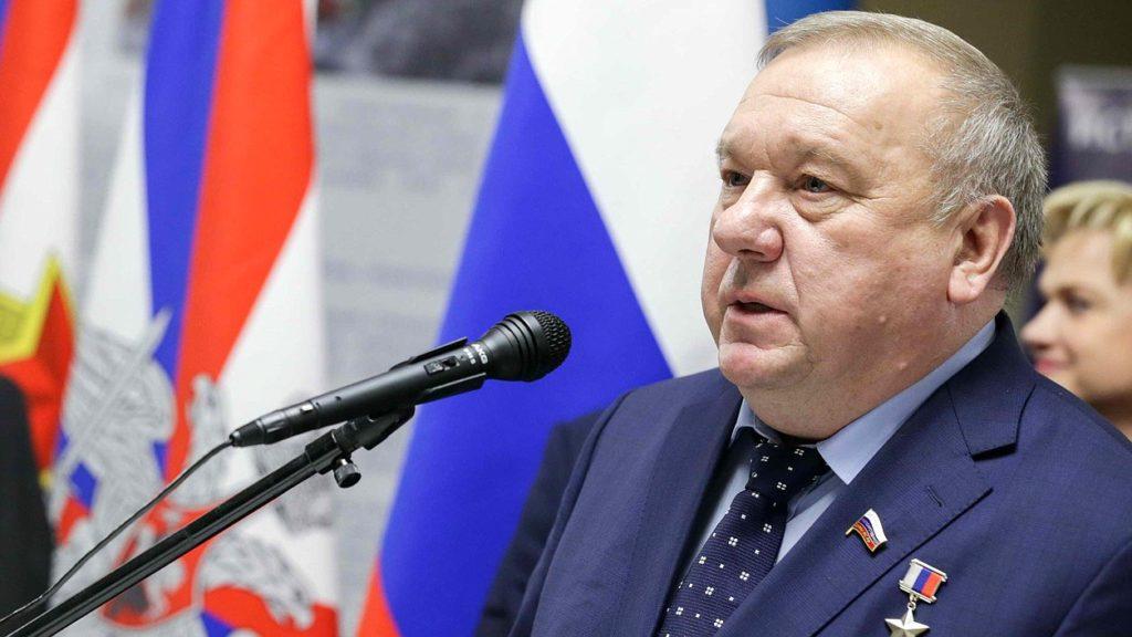 Военным заморозили повышение пенсий: Владимир Шаманов против